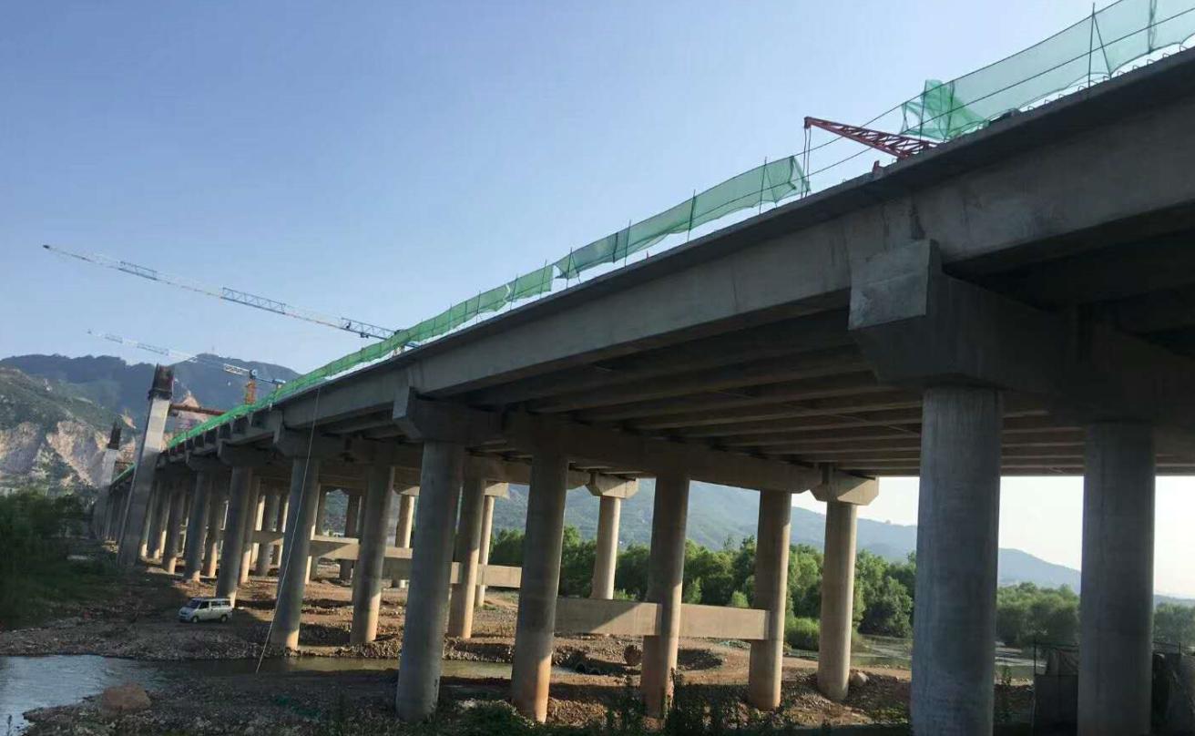 用伟志钢模板,建优质桥梁工程